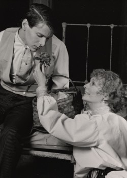 Philip Anglim and Carole Shelley in <i>The Elephant Man</i>